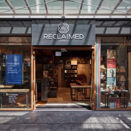 Goudwisselkantoor start nieuw concept en opent 'juwelier nieuwe stijl'